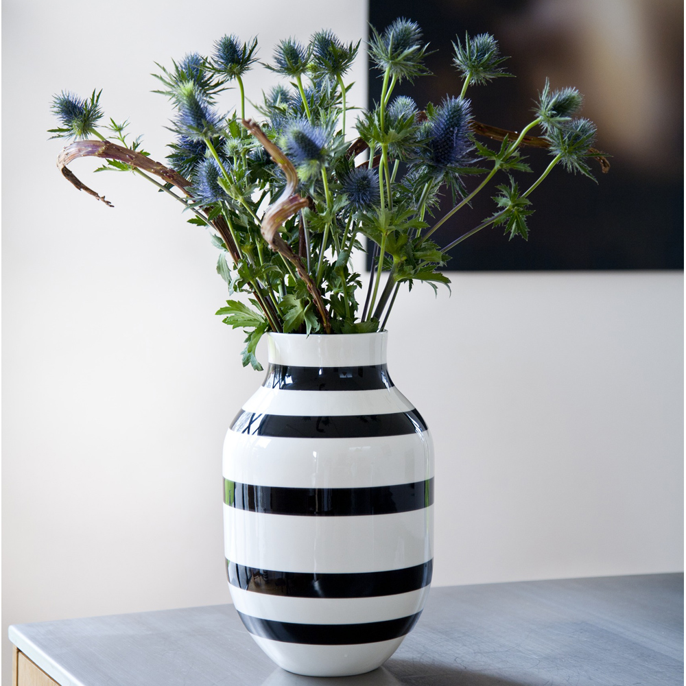 omaggio vase large black ditte reckweg and jelena schou k hler. Black Bedroom Furniture Sets. Home Design Ideas