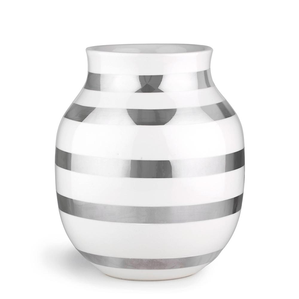 omaggio vase medium silver ditte reckweg and jelena schou k hler. Black Bedroom Furniture Sets. Home Design Ideas