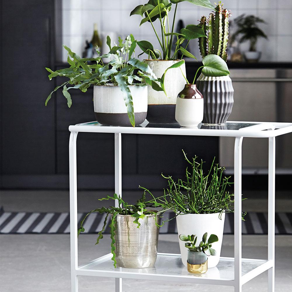 earth vase 15cm metallic house doctor house doctor. Black Bedroom Furniture Sets. Home Design Ideas