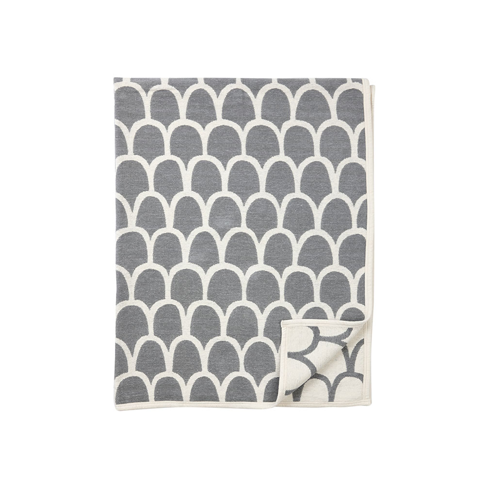feathers cotton blanket 140x180cm grey bengt lotta klippan yllefabrik. Black Bedroom Furniture Sets. Home Design Ideas