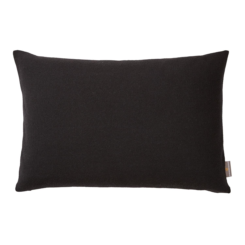 pearl pillow 40x60cm black georg jensen damask georg jensen damask. Black Bedroom Furniture Sets. Home Design Ideas