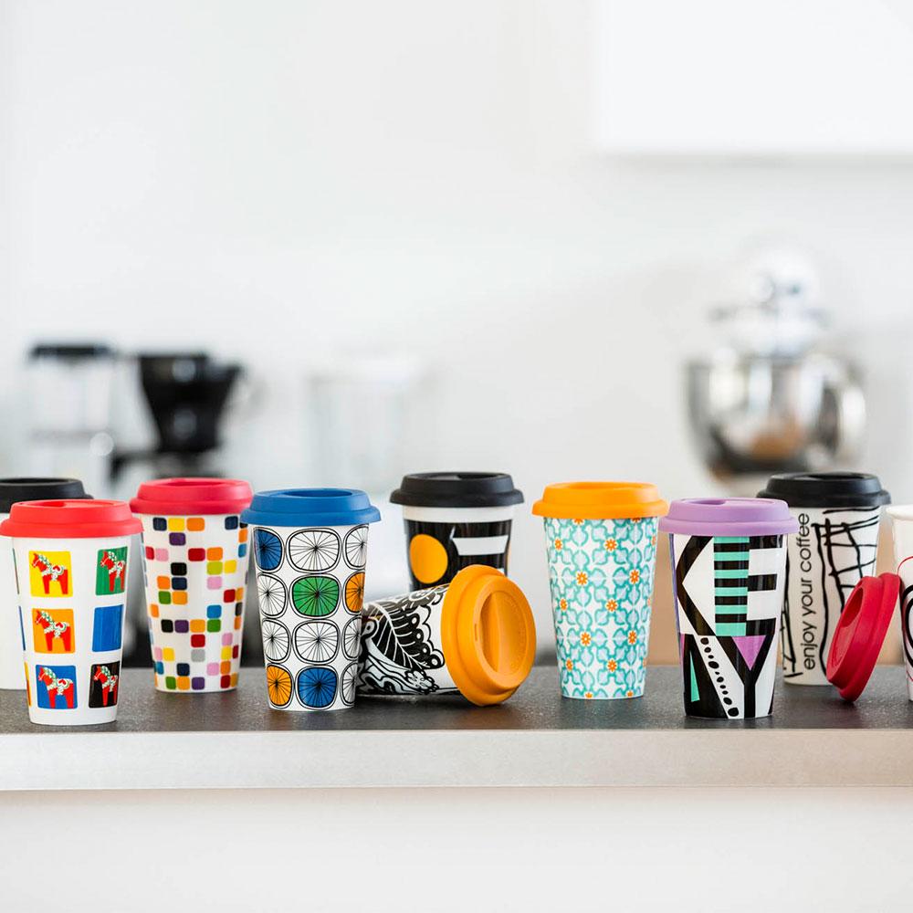 pix takeaway mug with lid sagaform design group. Black Bedroom Furniture Sets. Home Design Ideas